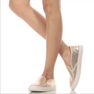 💥Kenneth Cole Metallic flat slip on sneakers