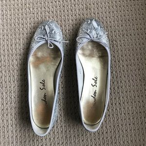 London Sole snakeskin ballet flats size 10.5