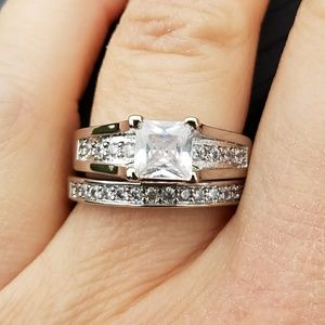 Jewelry - New stainless steel wedding set, engagement ring