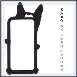 NWT Marc By Marc Jacobs Raised Phone Case