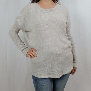 BRANDY MELVILLE KNIT PULLOVER SWEATER