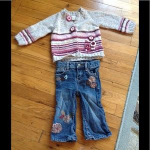 Baby gap jeans and sweater outfit 18 months