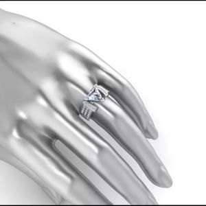 Pretty Girl Swag Jewelry Jewelry - White Zircon Trillion Cut Ring