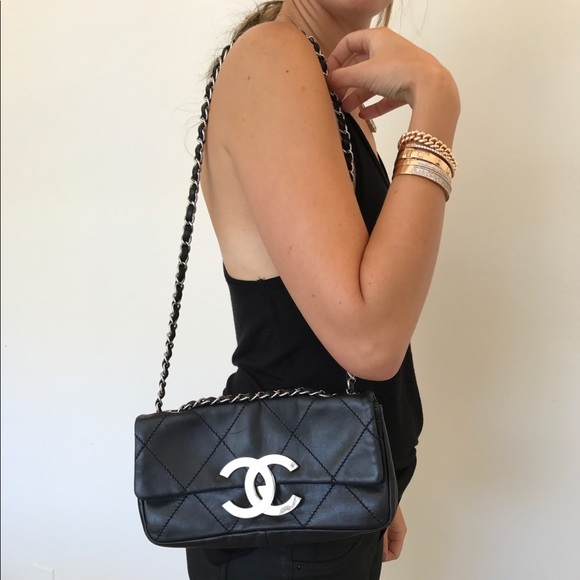 1db3dde993b6 CHANEL Bags | Lambskin Leather Cc Flap Shoulder Bag | Poshmark