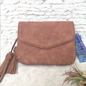 b01a98081b08 Free People Bags - 🌻 Anette Crossbody