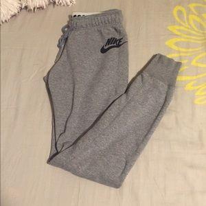 Nike jogger leggings