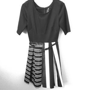 Dresses & Skirts - Fun patterned dress!