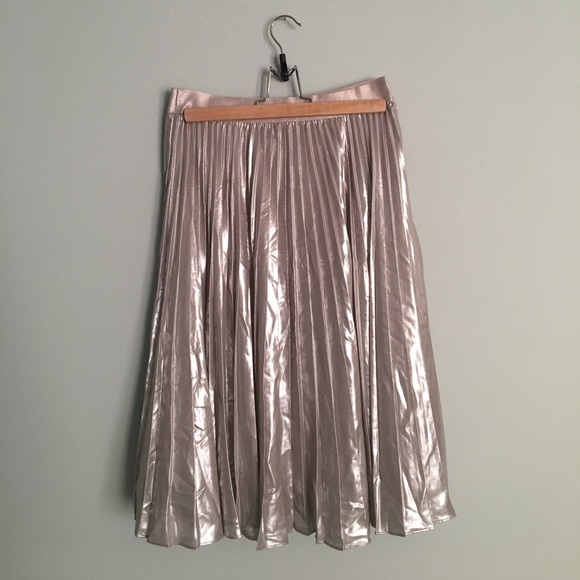 23d0da3786 Express Skirts | Metallic Pleated Midi Skirt Xs | Poshmark