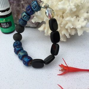 Aromatherapy diffuser bracelet blue and black