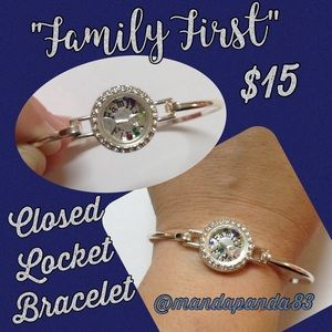 """Closed Locket """"Family First"""" Hinged Bracelet"""