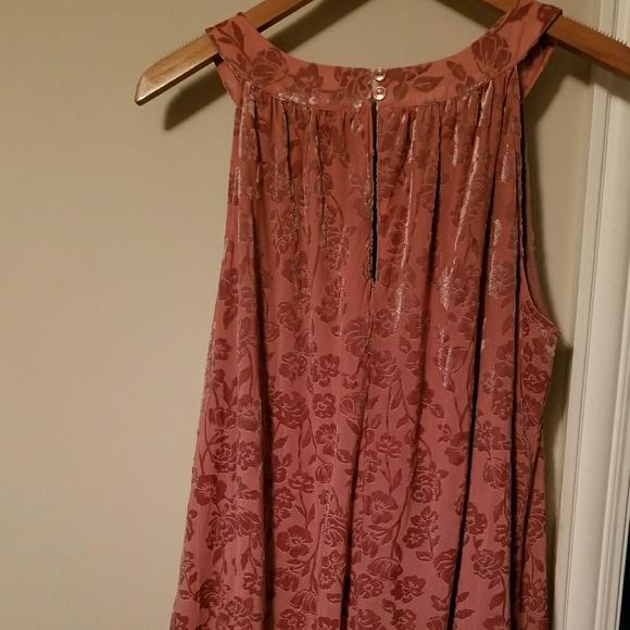 Dresses & Skirts - Gorgeous Plus Size Dress