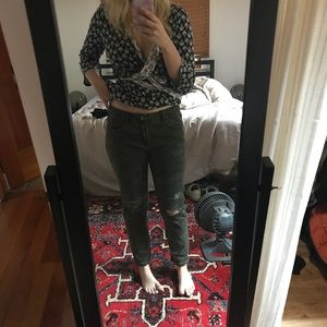 Camp Distressed Boyfriend Jeans