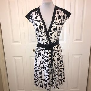 Narcisco Rodrigues Black White Wrap Dress sz S