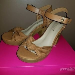 "Brand new ""Little from shoedazzle"