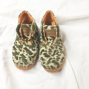 Toms Botas Tiny Camo High Top Sneaker Boots