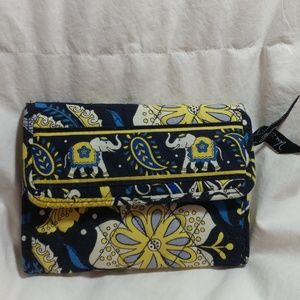 Handbags - Vera Bradley Trifold Wallet