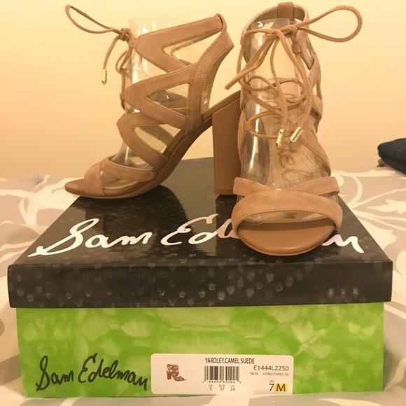 0448fcc8b34db1 Sam Edelman Yardley Sandals - New in Box