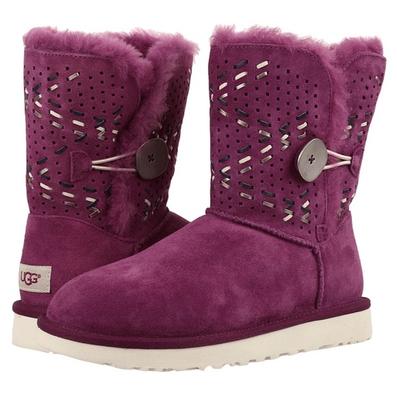 8c6f4f54efb UGG Australia Bailey Button Tehuano Purple Boot NWT