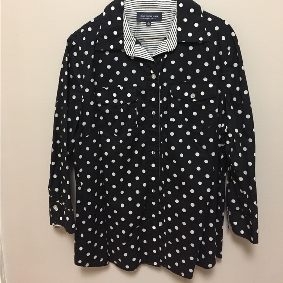 d8079d80 Jones New York Tops - Jones New York black & white polka dot button up