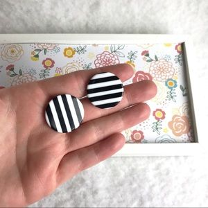 Black & white vintage striped post earrings.