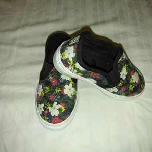 Other - Brand new flowered girl youth shoes