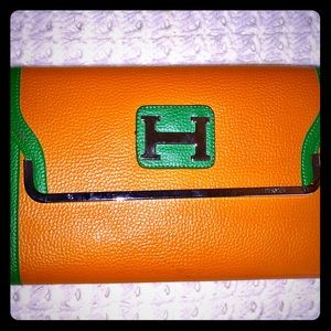 Handbags - Classic Envelope Clutch