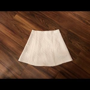 White floral patterned (textured) skirt