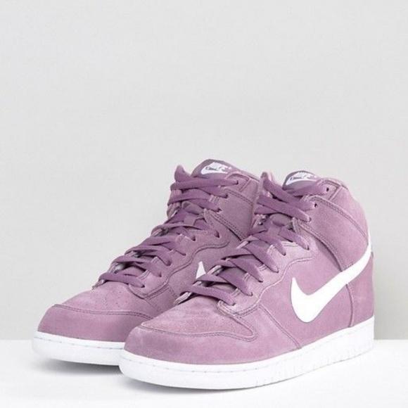 42d7070c27f0 NIKE DUnK HIgh Purple Violet Dust Suede Sz 10 wms.