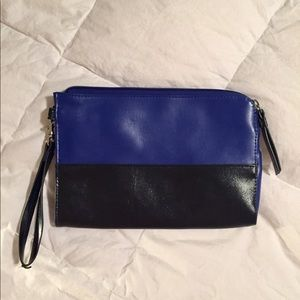 🔴 Mossimo Black and Blue Oversized Clutch