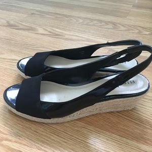 NWOT Peep toe wedges