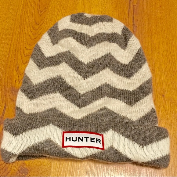 678fe7d4732 Hunter Boots Accessories - Hunter Wool Cashmere Chevron Beanie Hat Brown