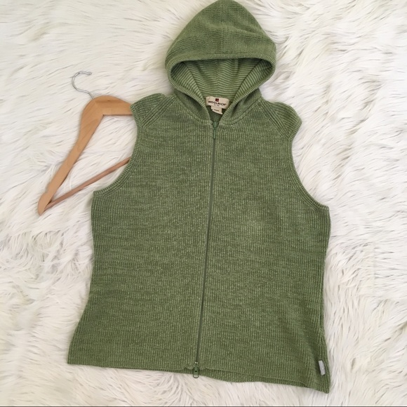 Woolrich - Woolrich Green Sleeveless Hooded Sweater Vest from ...