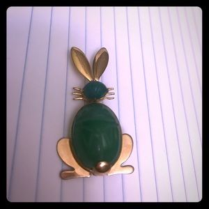 Pin Rabbit