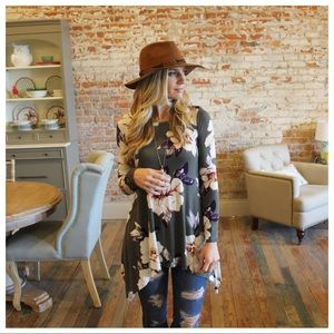 ✨RESTOCKED✨Olive floral asymmetrical tunic