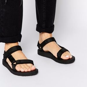 NEW Teva Black original Sandal