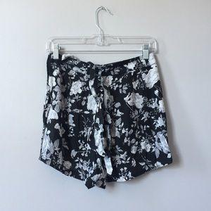 Floral billowy shorts