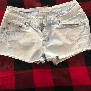 Light wash jean shorty shorts