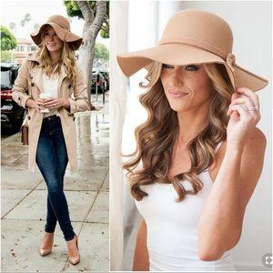 Beige boho bow floppy hat