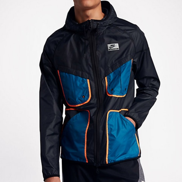 Nike International Windrunner Jacket Size Medium 070ebbea30