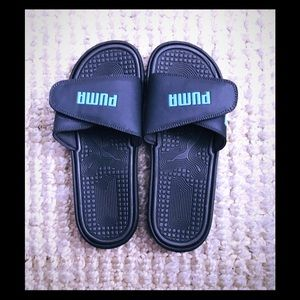 Brand NEW Puma Cat Only Slide Sandals ☀️