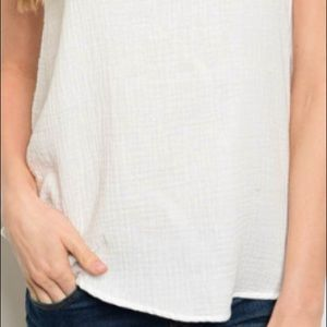 trendy boutique Tops - Cream tank top blouse w/lace detail, PRETTY!