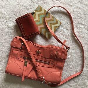 NWOT SIMPLY VERA by VERA WANG peach crossbody bag