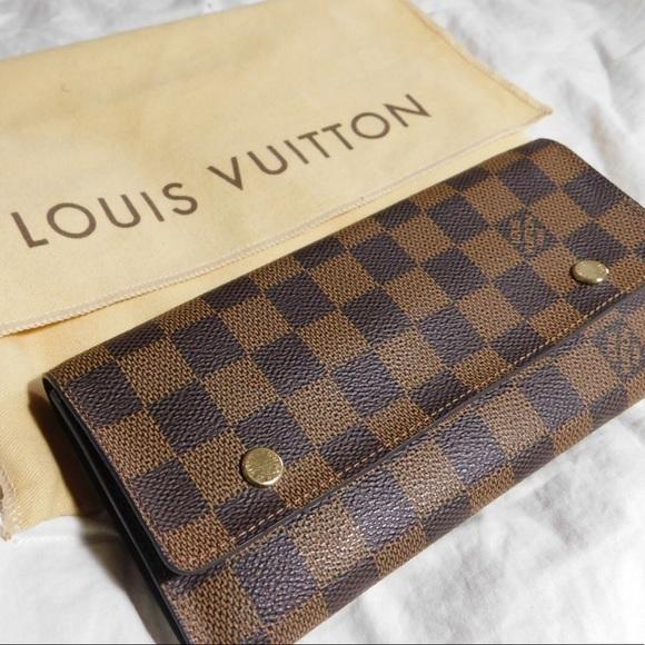 efd79902bb5b Louis Vuitton Handbags - NWOT Authentic Louis Vuitton Modulo wallet