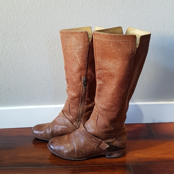 a8649d2c6f2 Women's tall leather Cognac UGG boots, size 7