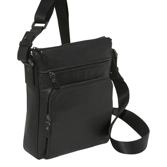 Dr. Koffer New York Other - Dr. Koffer Fine Leather Shoulder Bag 8574c555ff7e7