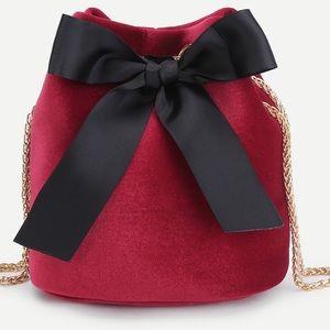 Handbags - Arrived💕Velvet Bow bucket bag