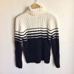 ⬇️$40 Marsh Landing by Amanda Smith Sweater Size M