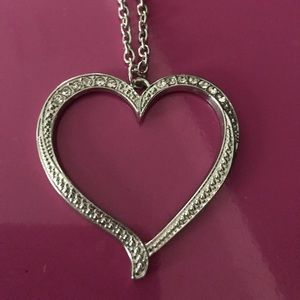 Jewelry - Beautiful crystal heart necklace