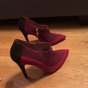 Sigerson Morrison heeled red suede booties