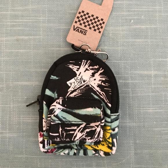 b9c3af2905 RARE Vans Hawaiian print backpack keychain